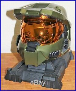 Halo 3 Legendary Edition Master Chief Helmet Game Bundle Collector's edition
