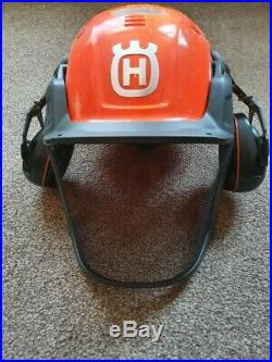 New Husqvarna 550xp chainsaw + 18 Bar And Chain + Helmet And Tools